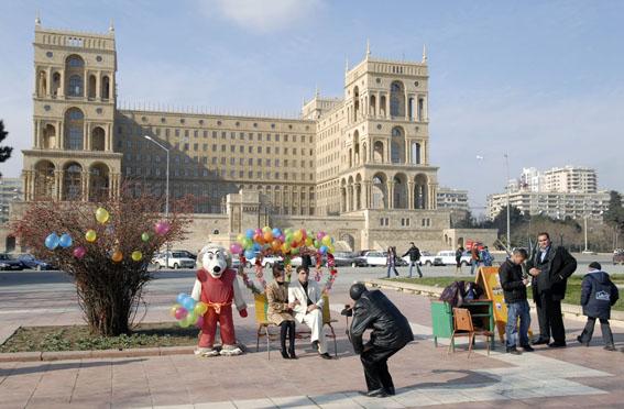 Baku_Dom_Soviet