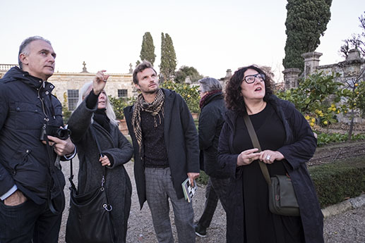 With Enrico Stefanelli, Alessandra Capodacqua, Krzysztof Candrowicz and Fiona Sweet in La Pietra, Florence.